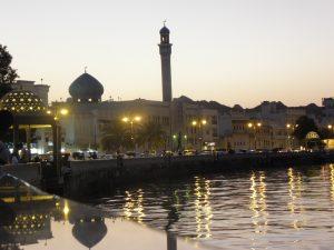 Oman: Muscat bei Nacht