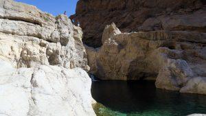 Blick in das Wadi Shab im Oman. Hier findet unser Schwimmtrekking statt