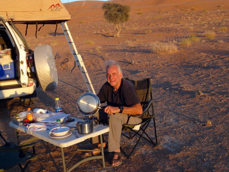 Oman: nicht ganz passende CampingstühleOman: nicht ganz passende Campingstühle