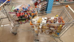 Die Lebensmittelspende für kurdische Familien in der Türkei.
