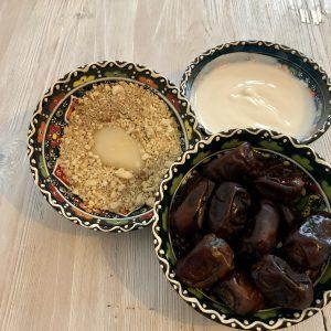 Zutaten für die Dattelcreme unserer Orientalische Weihnachten Rezepte Serie